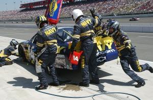 pit-crew-583028_1280