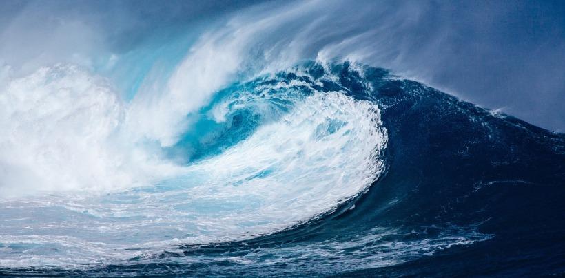 wave-1913559_1280