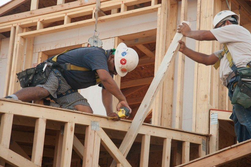 construction-3752504_1280